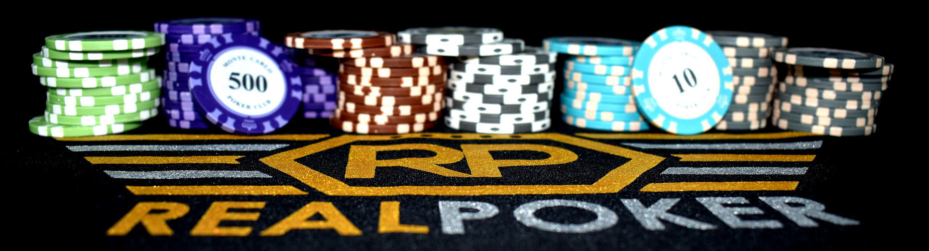 How many poker players make money?