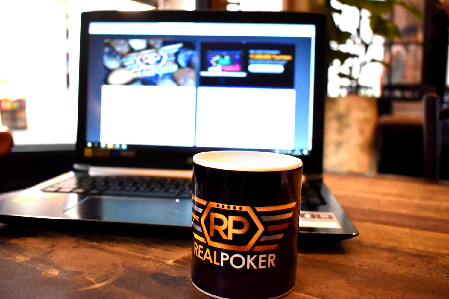 Real Poker Coffee Cup