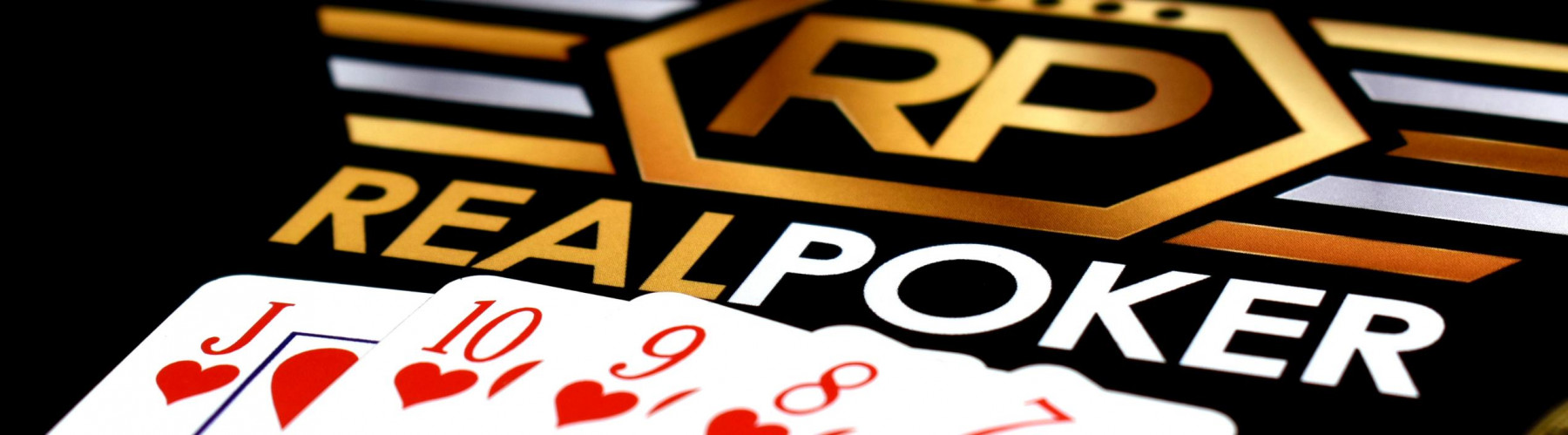 Bluffing as a Skill for Professional Poker Players